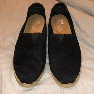 Women's Toms - Size 7